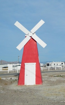 Tecopa_windmill_blog